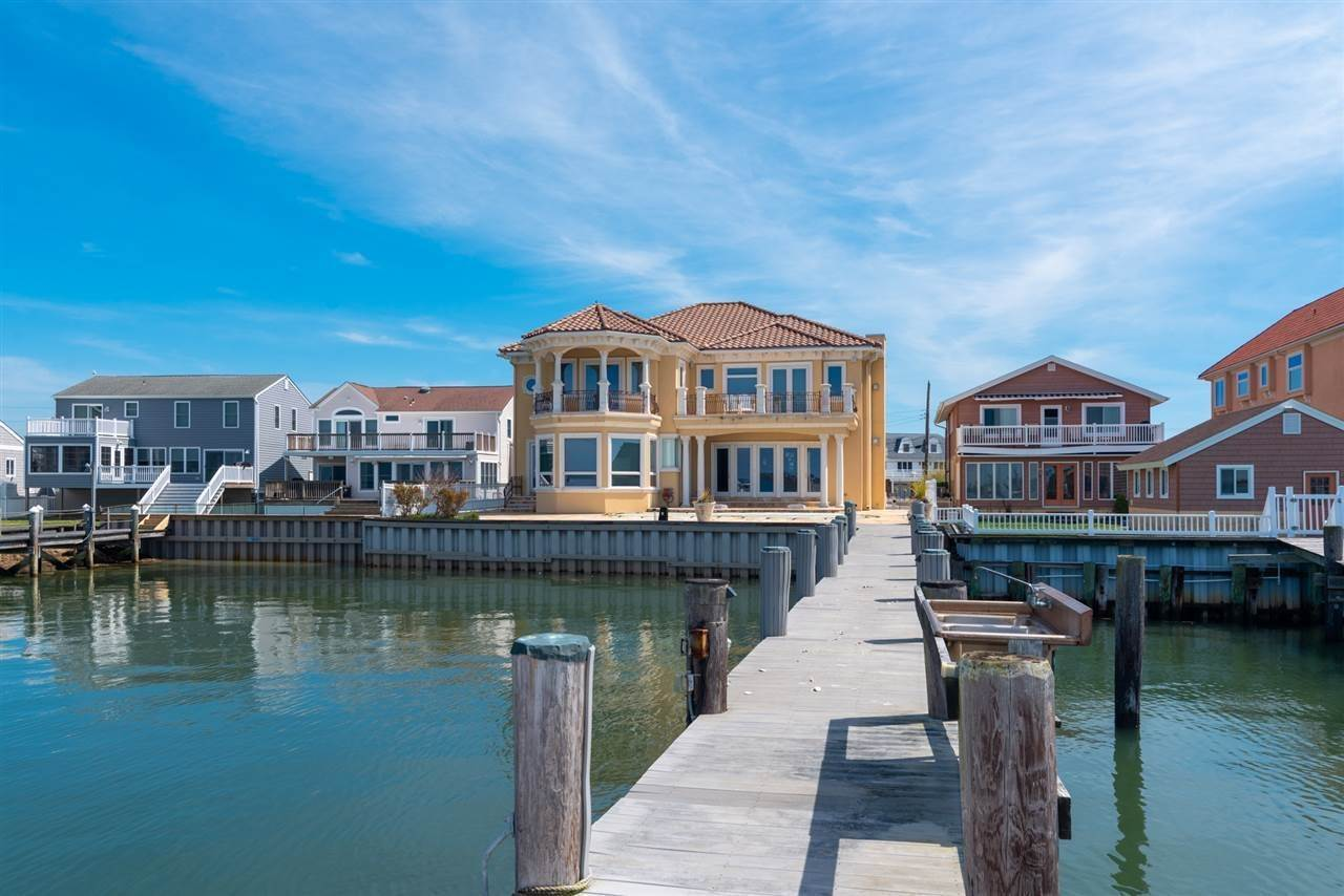5. Single Family Homes for Sale at 530 W Shore Drive Brigantine, New Jersey 08203 United States