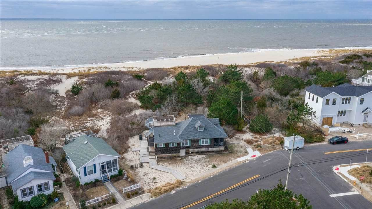 Single Family Homes 为 销售 在 207 Central Avenue Cape May Point, 新泽西州 08212 美国