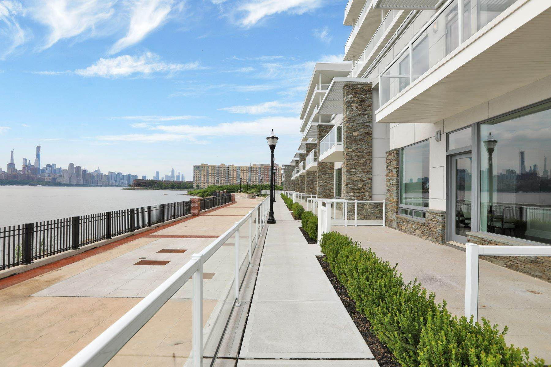 townhouses for Sale at THE GLASS HOUSE 3 Somerset Lane, #109 Edgewater, New Jersey 07020 United States
