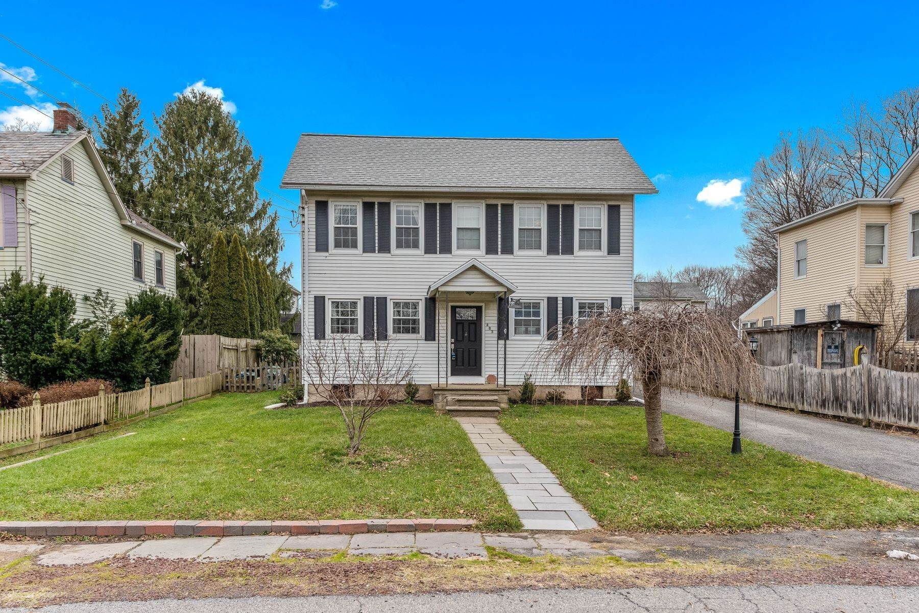 Single Family Homes for Sale at Move Right In! 403 Warren Street Greenwich Township, New Jersey 08886 United States