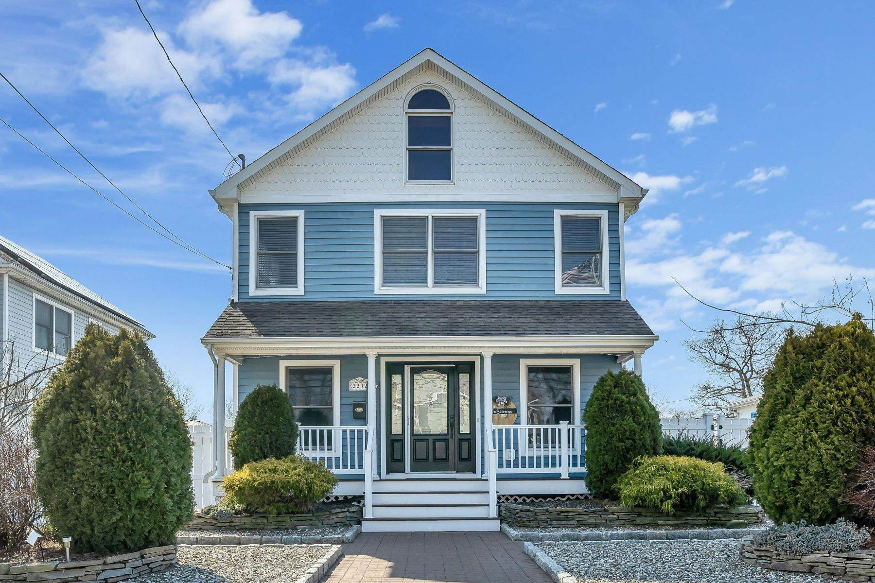 Single Family Homes for Sale at Warm and Modern 2232 Foster Road Point Pleasant, New Jersey 08742 United States
