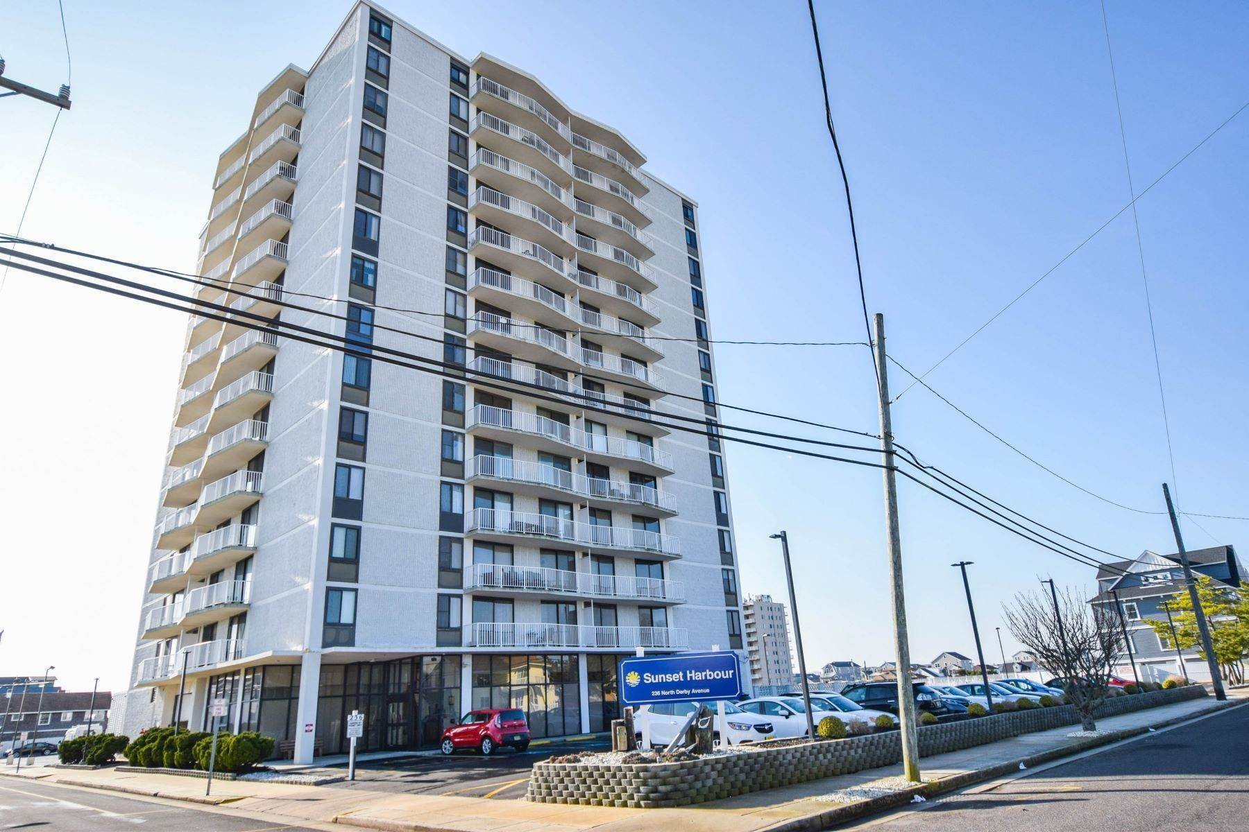 Condominiums for Sale at 236 N Derby Avenue Unit # 401 & 408 236 N Derby Avenue, Unit # 401 & 408 Ventnor, New Jersey 08406 United States