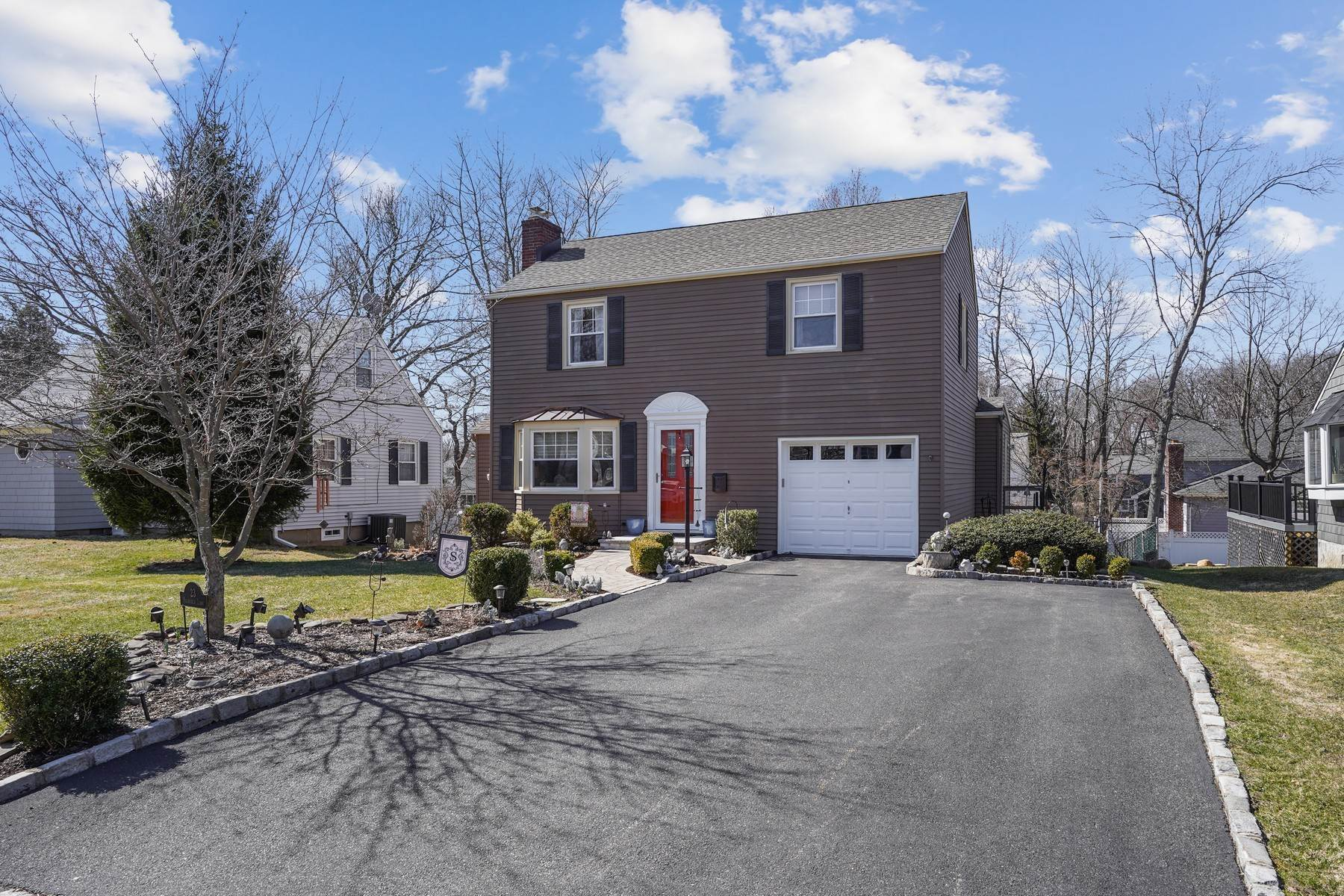 Single Family Homes for Sale at Perfect In Every Way! 23 Highfield Lane Cedar Grove, New Jersey 07009 United States