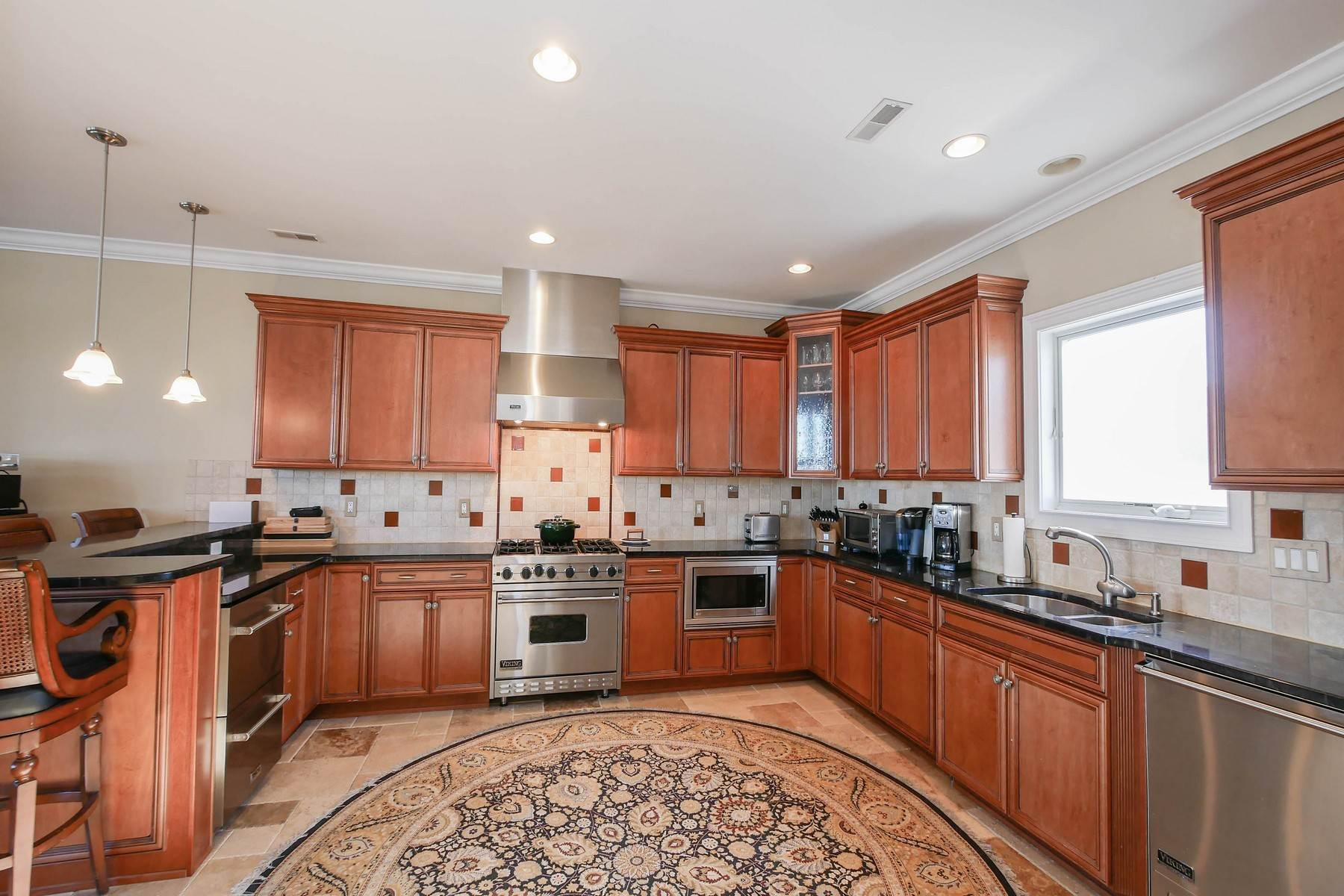 11. Single Family Homes for Sale at 414 N Maine Ave Atlantic City, New Jersey 08401 United States
