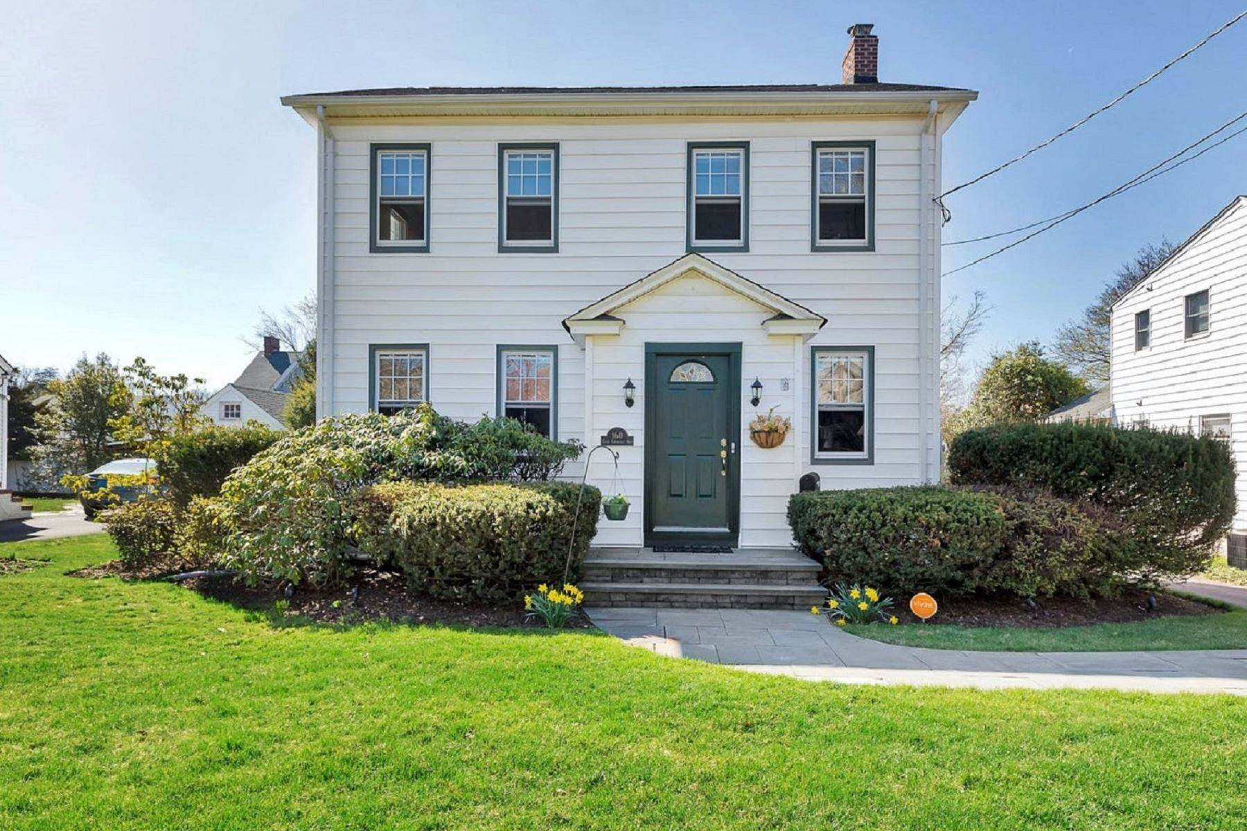 Single Family Homes for Sale at Storybook Colonial 160 E Chestnut Ave Metuchen, New Jersey 08840 United States