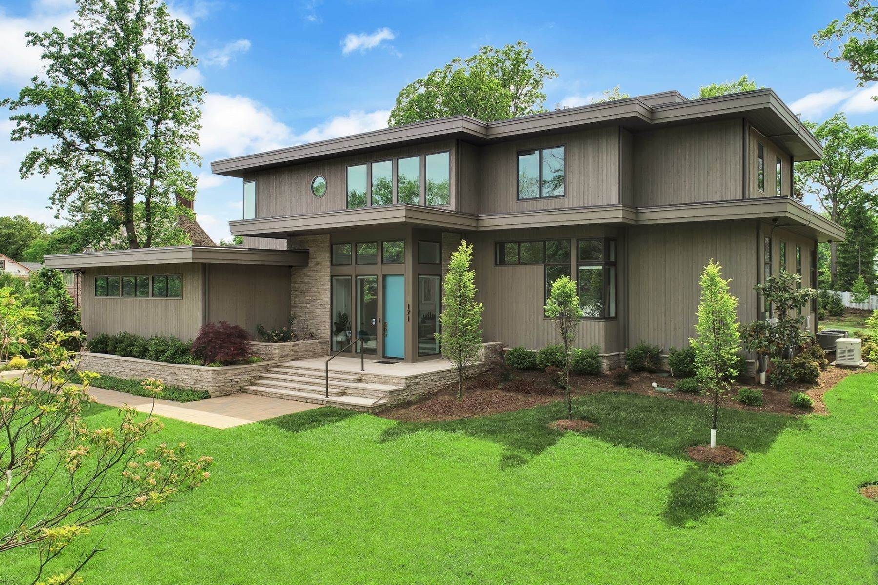 Single Family Homes for Sale at Modern Masterpiece 171 Highland Avenue Short Hills, New Jersey 07078 United States