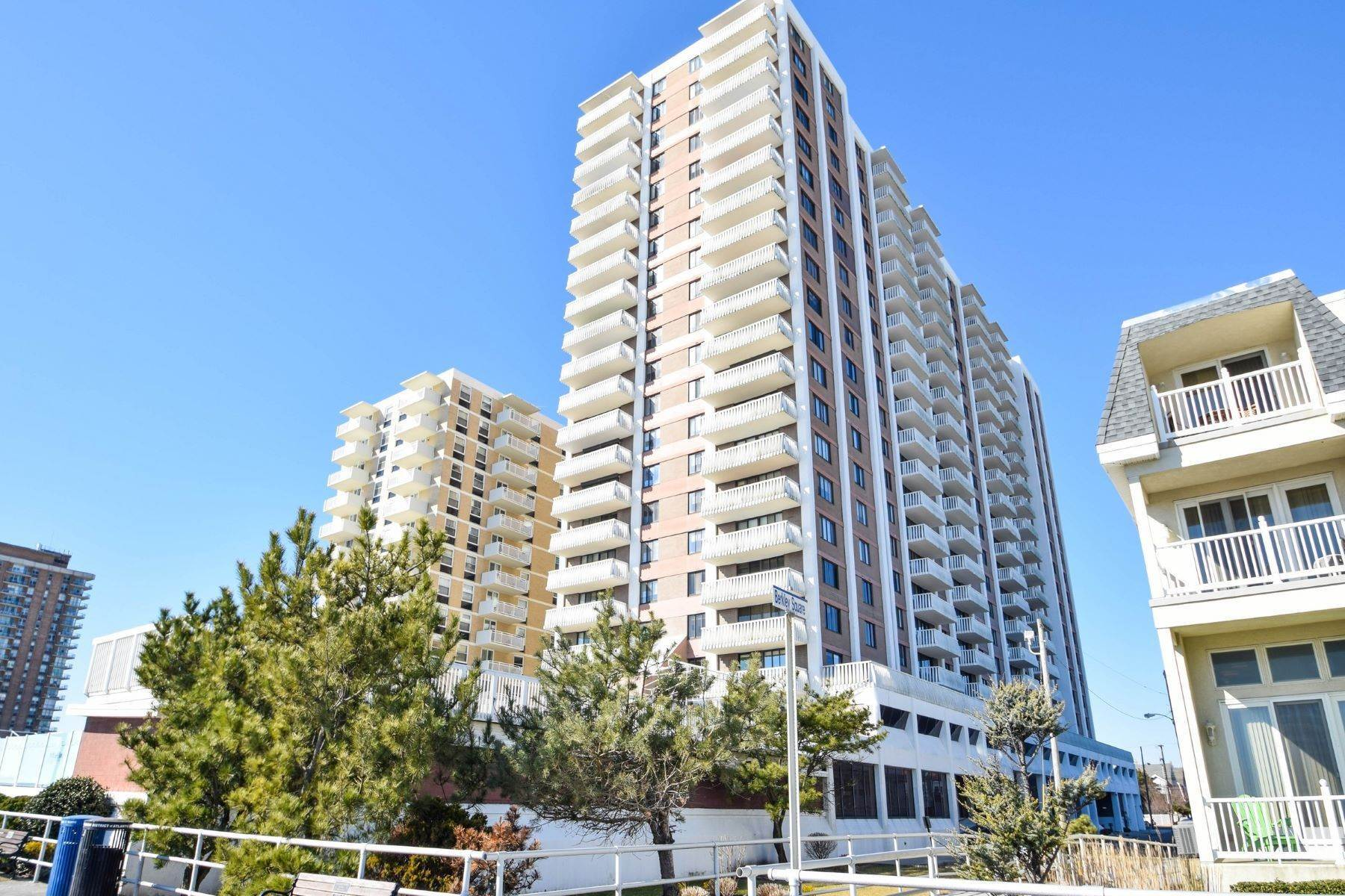 Condominiums for Sale at The Berkley 100 S Berkley Square, Unit 16E Atlantic City, New Jersey 08401 United States