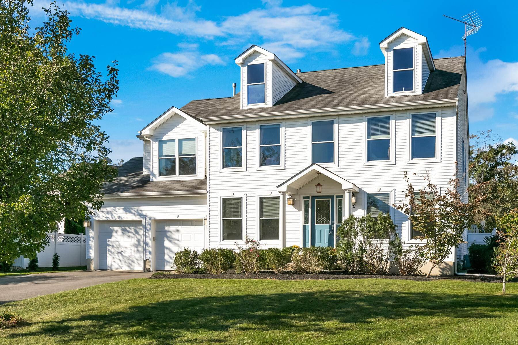Single Family Homes for Sale at Beautiful Prima Built Center Hall Colonial 520 Adamsway Court Toms River, New Jersey 08753 United States