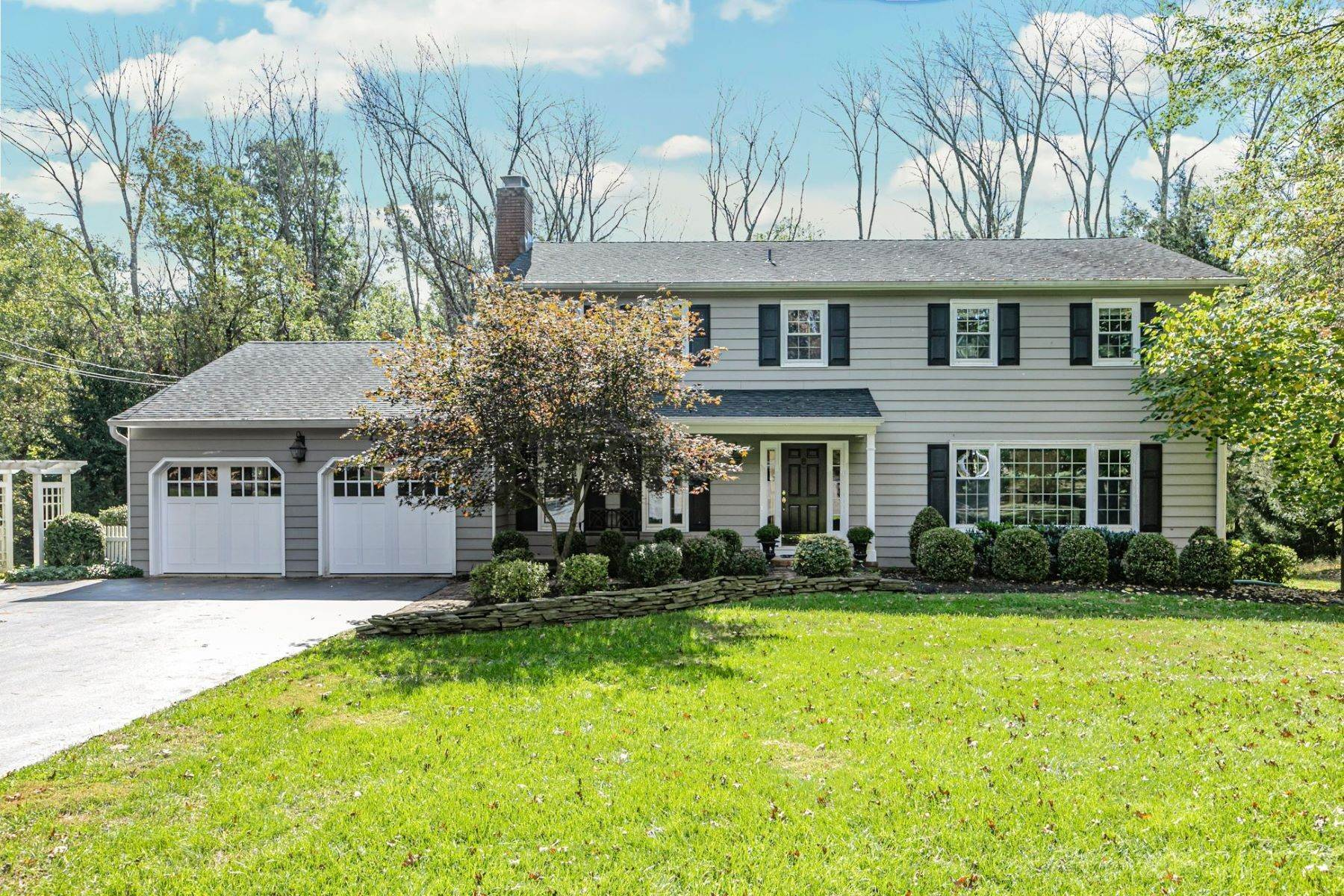 Single Family Homes for Sale at Expansive Colonial On A Rocky Hill Cul-de-sac 68 Hickory Court Rocky Hill, New Jersey 08553 United States