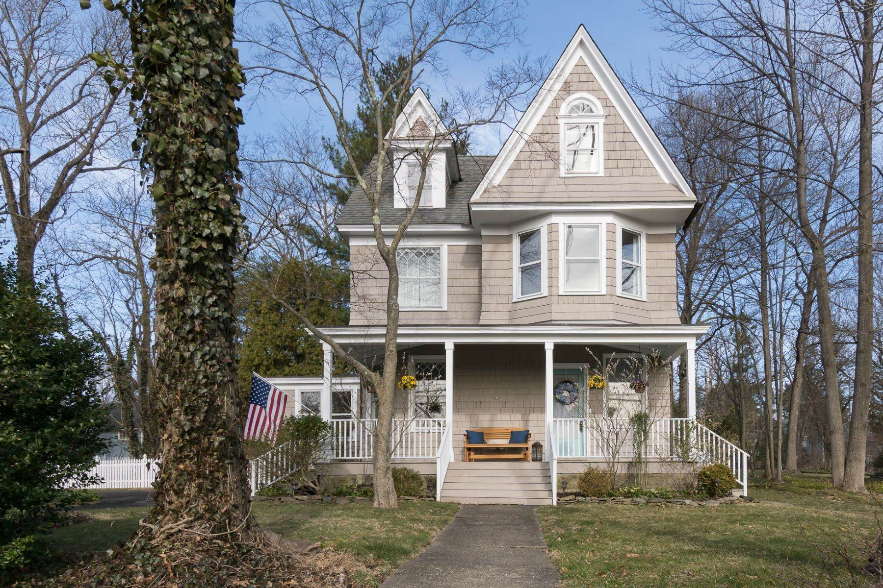 Single Family Homes for Sale at Village Victorian with a Lofty, Open Layout 2909 Main Street Lawrenceville, New Jersey 08648 United States