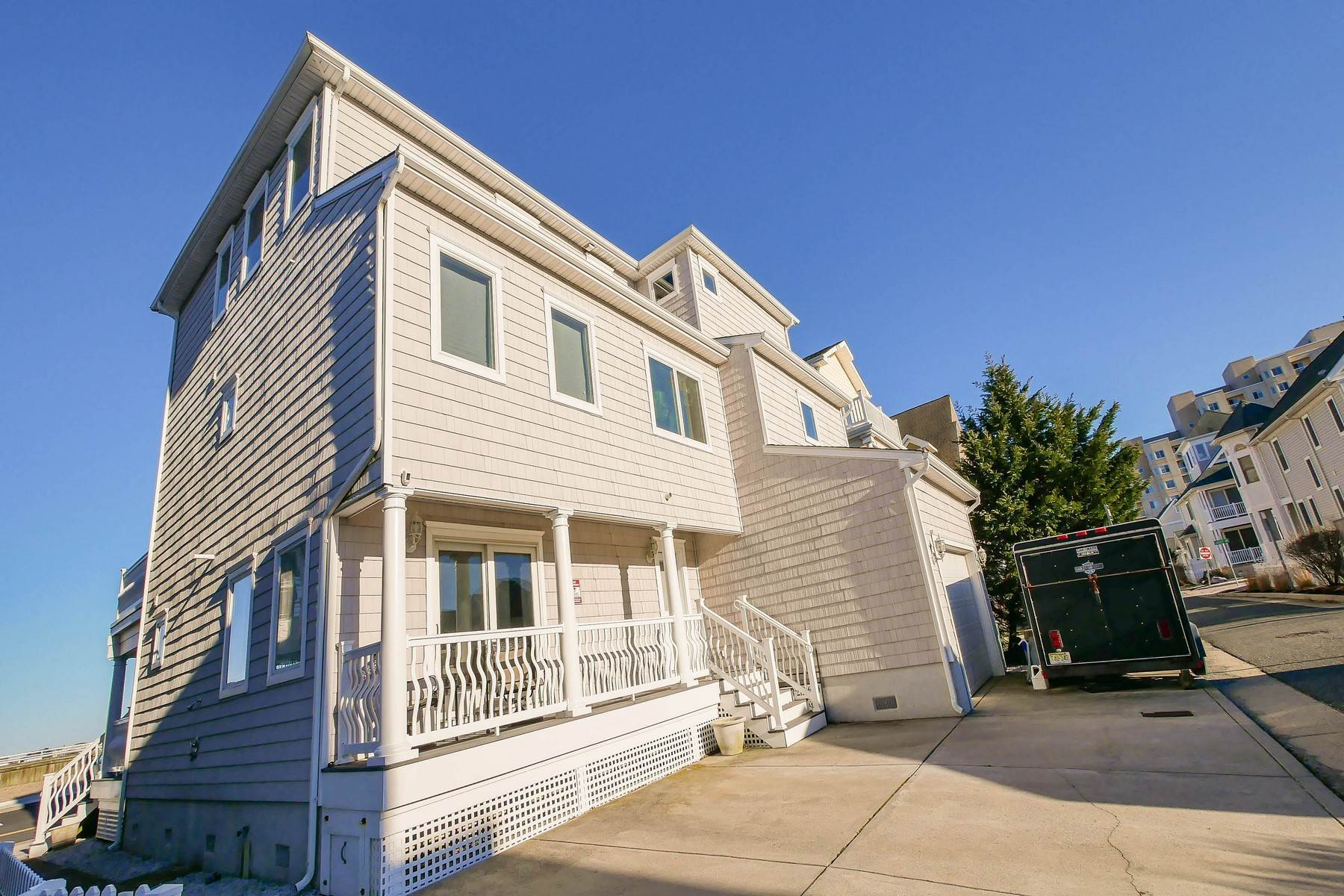 43. Single Family Homes for Sale at 414 N Maine Ave Atlantic City, New Jersey 08401 United States